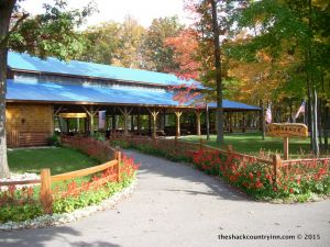 Michigan-vacation-hotels-resorts-shack-13
