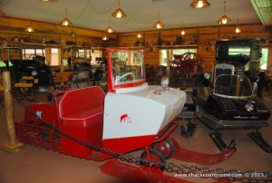 antique-snowmobiles-the-shack-michigan-1