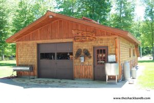log-lodge-hotel-inn-bnb-michigan-40