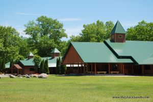 log-lodge-hotel-inn-bnb-michigan-62