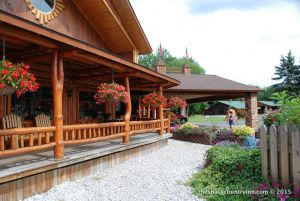 michigan-vacation-log-lodge-hotel-11