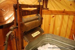 shack-bed-breakgast-museum-michigan-13