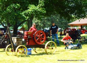 shack-old-engine-show-michigan-12
